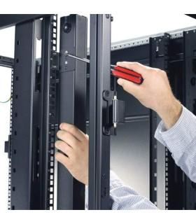 Unidad PDU para rack, no ocupa espacio en U, 20 A, 120 V, (24) - AP7530 - 3972900